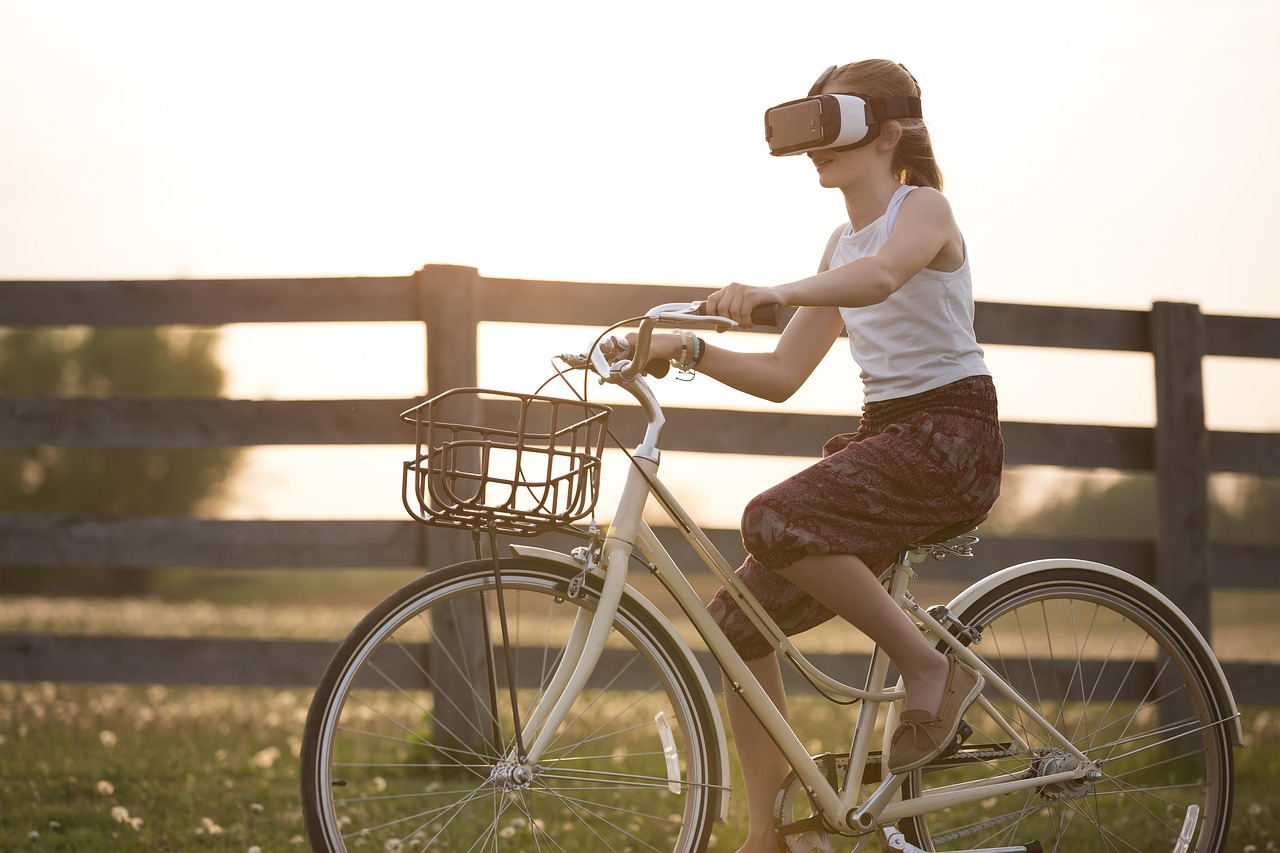 4 Uses for Virtual Reality Other Than Gaming | FinSMEs
