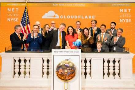 The New York Stock Exchange welcomes Cloudflare Inc. (NYSE:NET)) to celebrate its IPO. Co-founder and CEO, Matthew Prince, along with Co-Founder and COO, Michelle Zatlyn, joined by NYSE President Stacey Cunningham, ring the Opening Bell®.