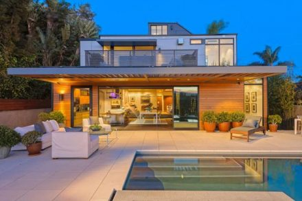 Plant Prefab - Image 2 (Home in Santa Monica)