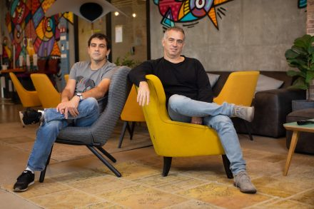 Personetics CEO founder David Sosna (left) and Cofounder COO David Govrin (right)